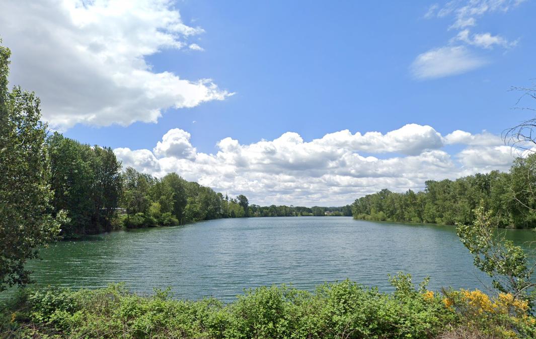 Horseshoe Lake in Woodland, WA