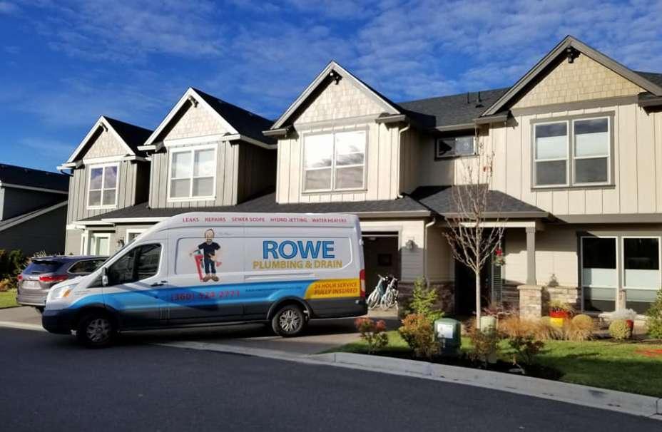 Rowe Plumbing and Drain van in Vancouver neighborhood